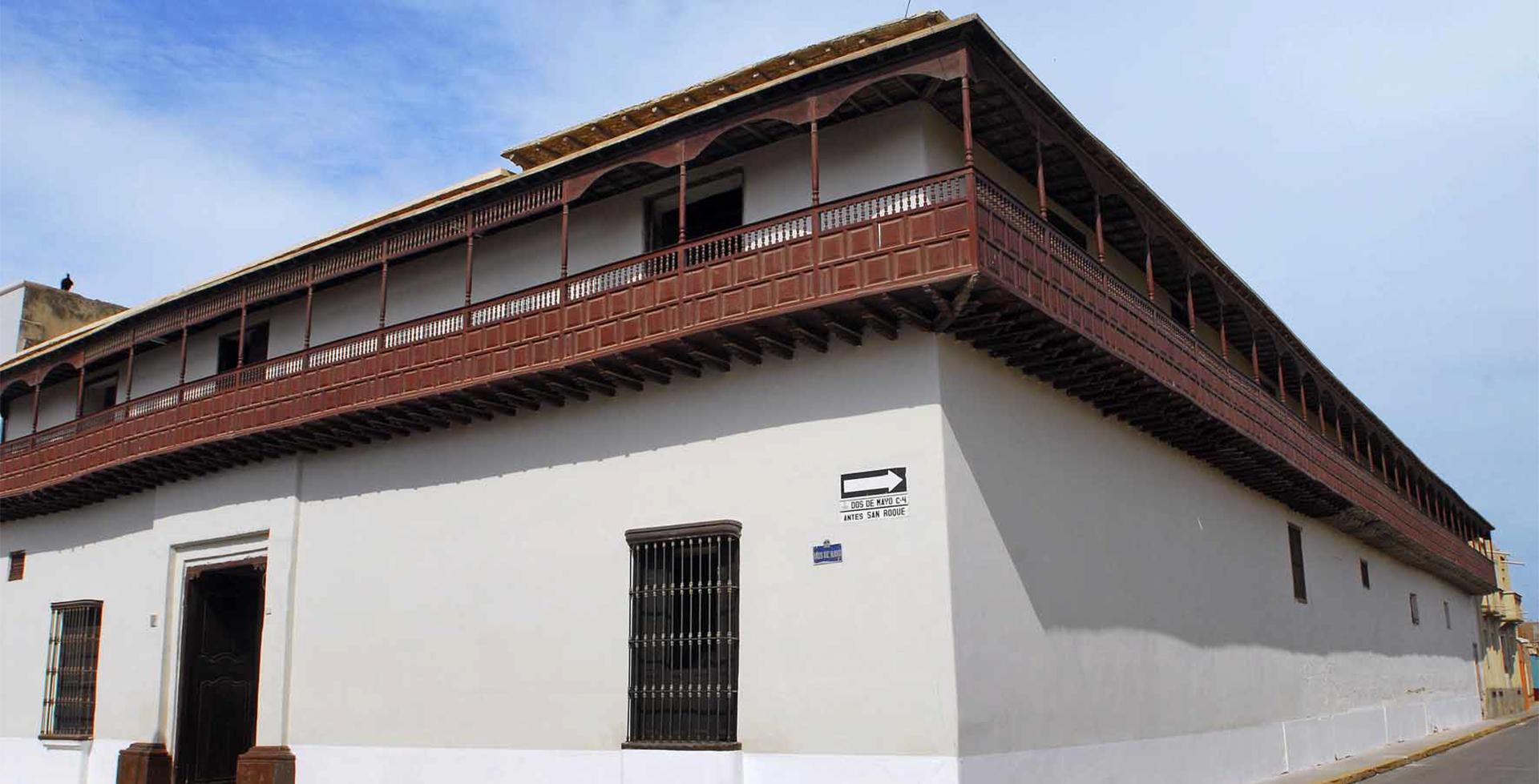 CASA MONTJOY, MANSIÓN COLONIAL
